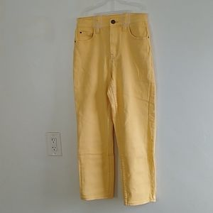 BDG Girlfriend Yellow Stretch Jeans Size 27